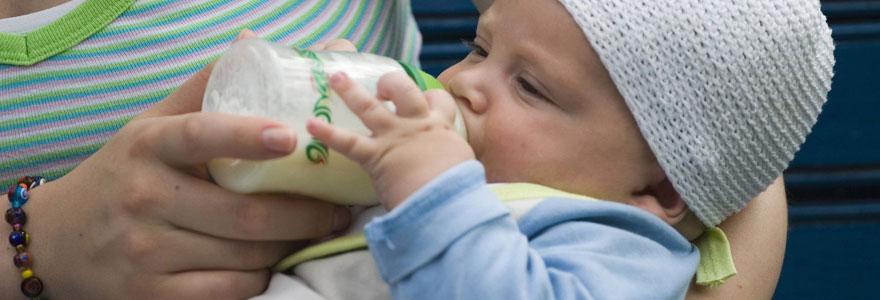 Pourquoi choisir un lait infantile bio pour votre bébé